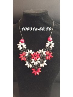 10831A REDBLACKGREY WOODEN FLOWER NECKLACE Please Click the image for more information.