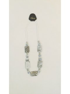 10787C GREYWHITE WOODEN NECKLACE Please Click the image for more information.