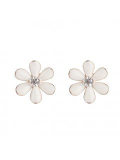 E0672D WHITE FLOWER CLIP ON EARRING Please Click the image for more information.