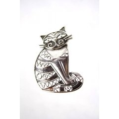 Australian Made Brooch Cat Pewter Core with quality STG Silver Plating Finish This beautiful Brooch is functional durable and eye catching with a strong Brooch pin at the backMade. Please Click the image for more information.