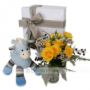 Product Image for Gus Giraffe & Vintage Flower Bottle
