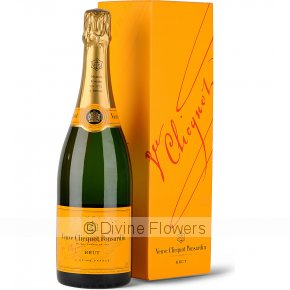 Product Image for Veuve Clicquot 750ml Gift Boxed