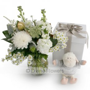 Product Image for White Vase & Lamb